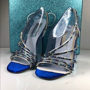 [178] Blue by Betsey Johnson 5 M Aces Sandals